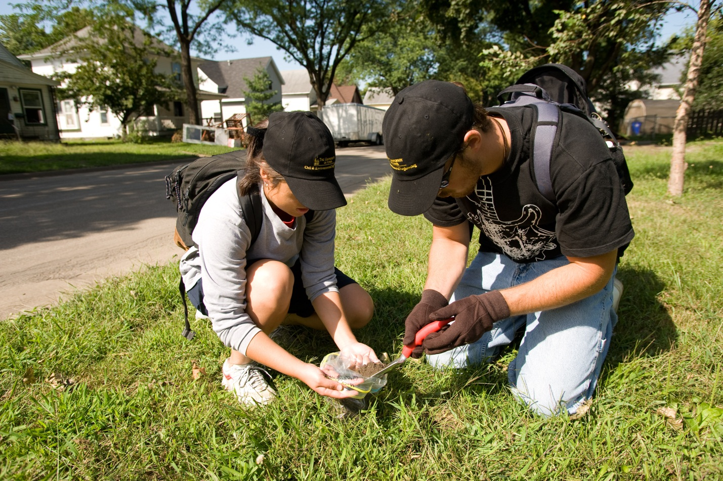 Students conducting soil studies 1